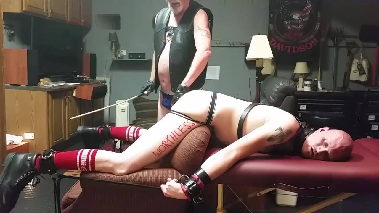 boy disciplined girl on girl sex massage