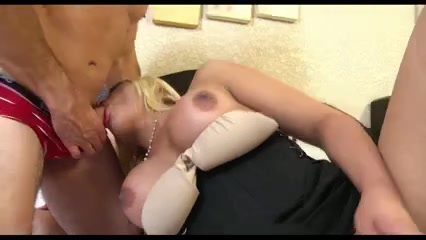 Blonde TS drills guys ass with a delight