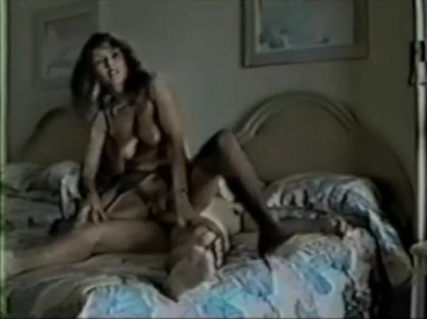 vintage slut wife in black stockings rides backwards and creamed Free modern porn