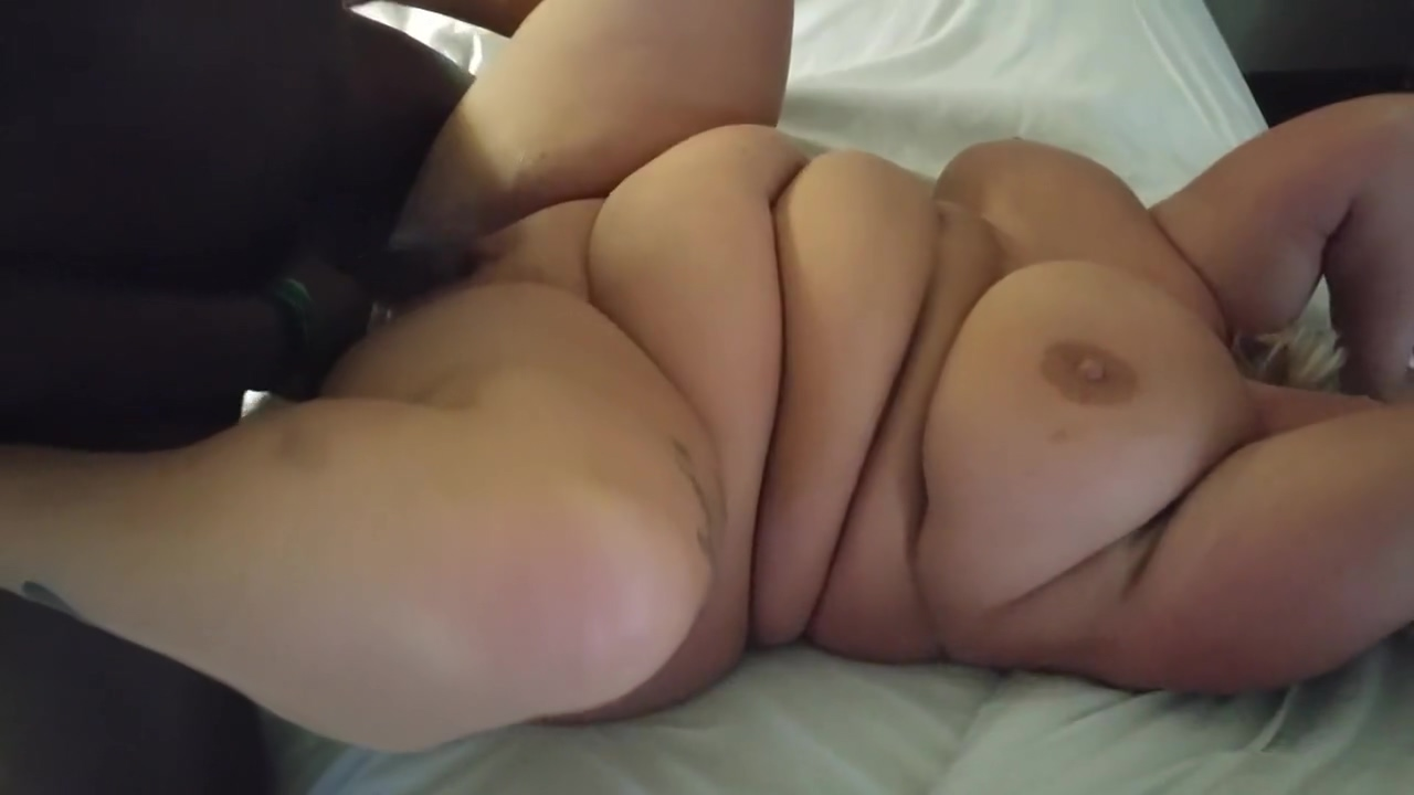 Country White BBW gets dicked down by BBC Emma watson tight vagina