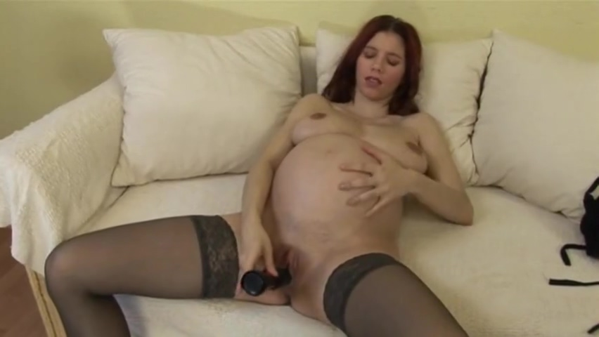 pregnant hottie farrah from rock of love porn
