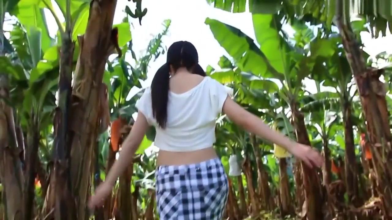 【美里有紗】イメージビデオをノーモザイクオナニー!
