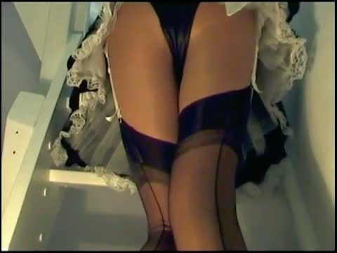 Pantie Maid beauty gets her face destroyed
