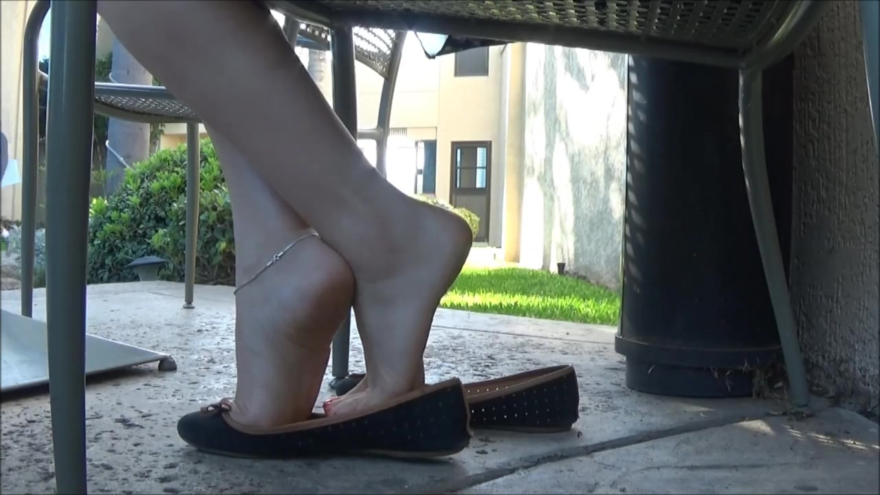 Hot Shoeplay in Blue Flats