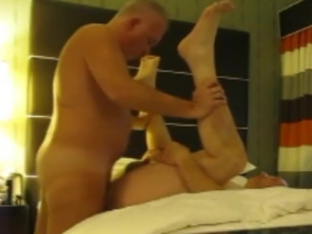 Hot bears fucking bare Showing porn images for man on toilet porn