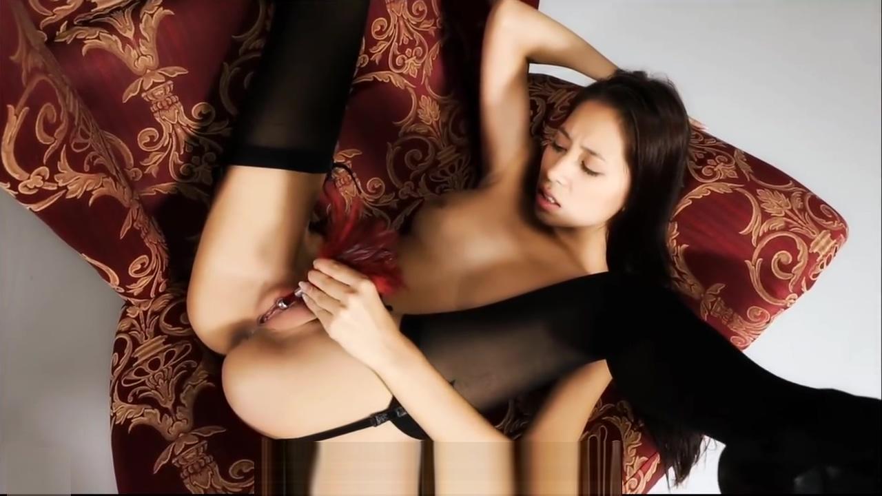 Hot Asian Teen masturbates in chair