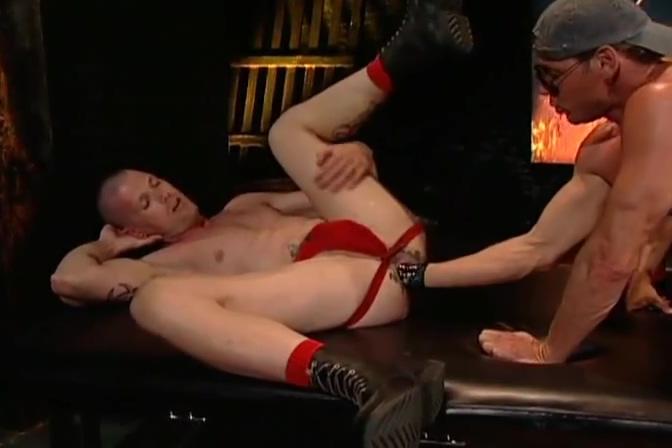 Incredible fist fucking double penetration creampie video