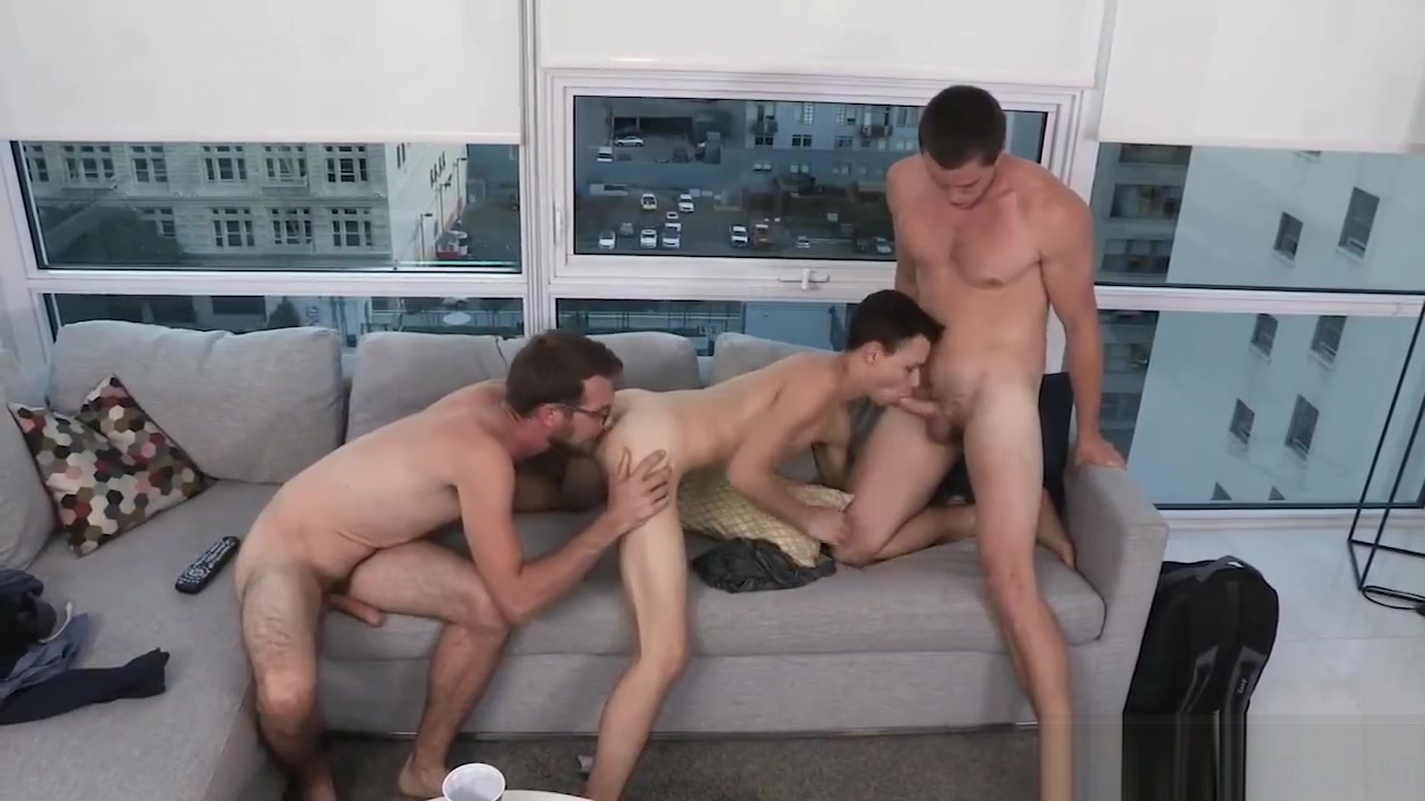 Teen boys shirtless cum gay first time Is it possible to be in enjoy with Nude yoga porn pics