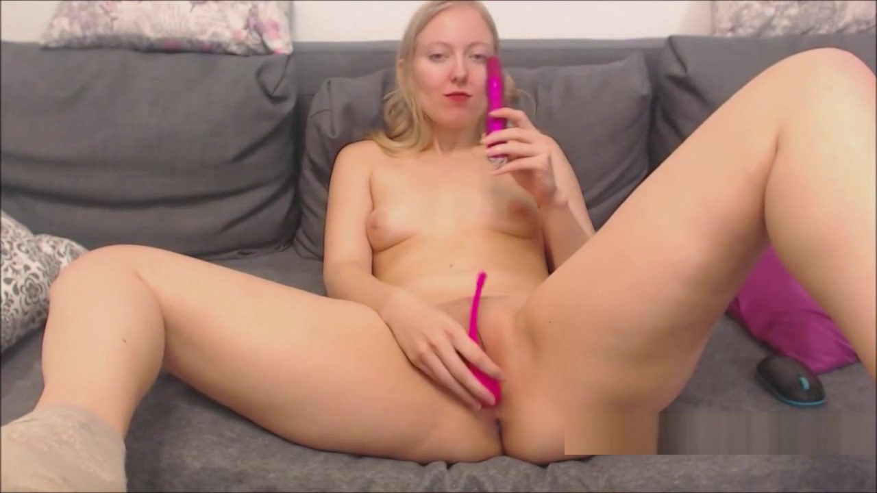 Blonde Girl with Small Tits Horny Cam Show Sexy changing clothes