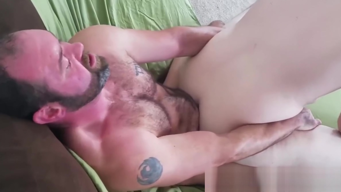 Hairy gay cocksucker barebacked by hardcore bear Sex Escort in Sennar