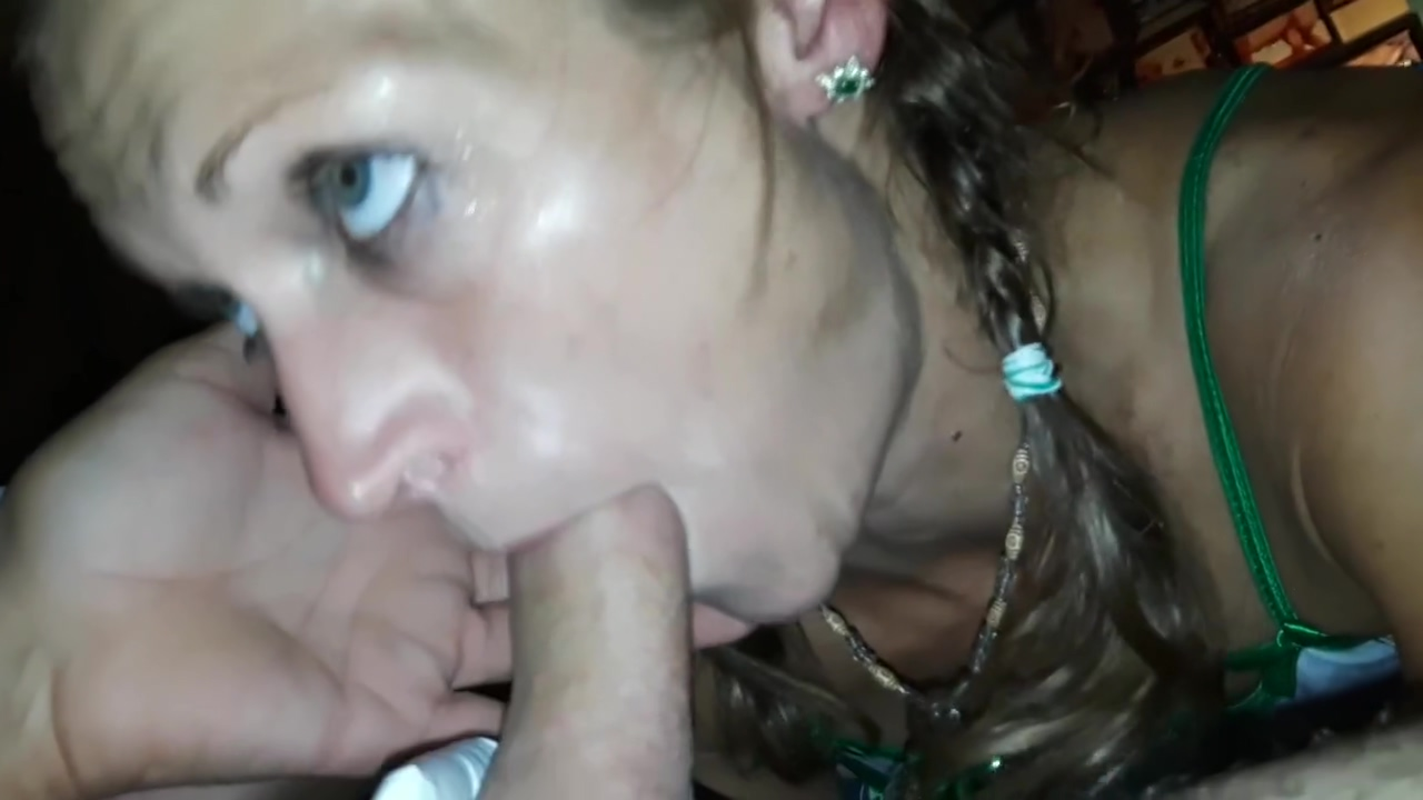 Babe Worships My Cock With Tongue abd Throat
