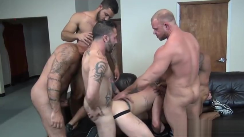 Latin jock double penetration and cumshot kelly preston mischief nude