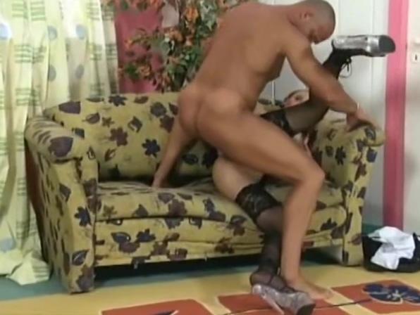 ABGEFICKTE 3LOCHSTUTE GERMAN Cumshot video free sample clip