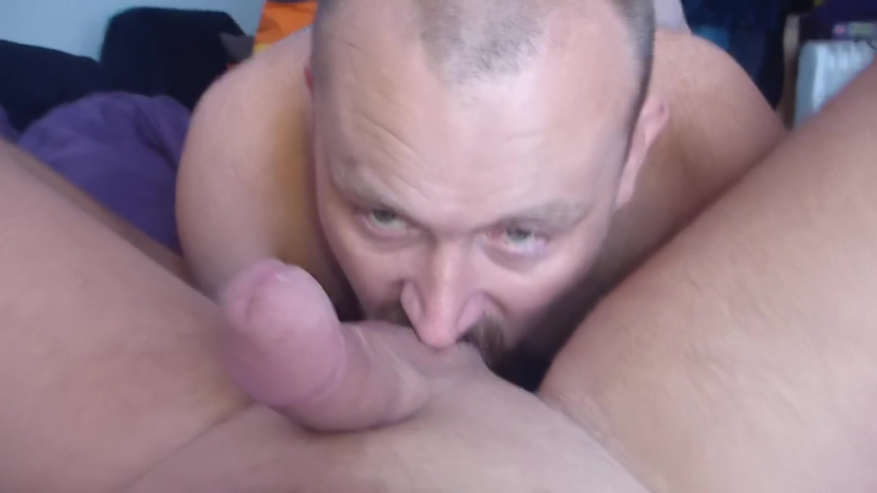 Me playing wit a guy. fat family nudist ladys of france