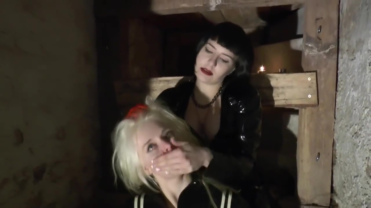 Handsmother Mistress