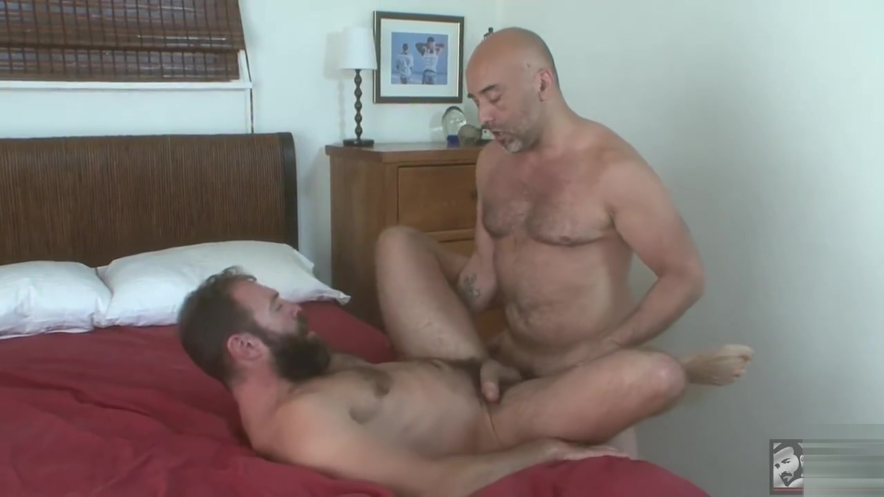 Hotoldermale - Brian Davilla and George Glass fake bondage jennifer aniston