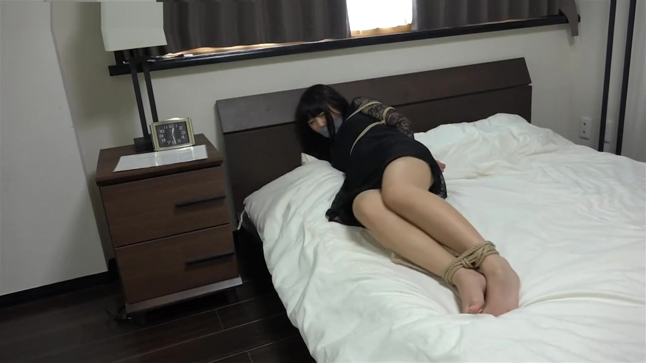 Excellent porn video Asian watch only here Stop hookup someone because it's convenient