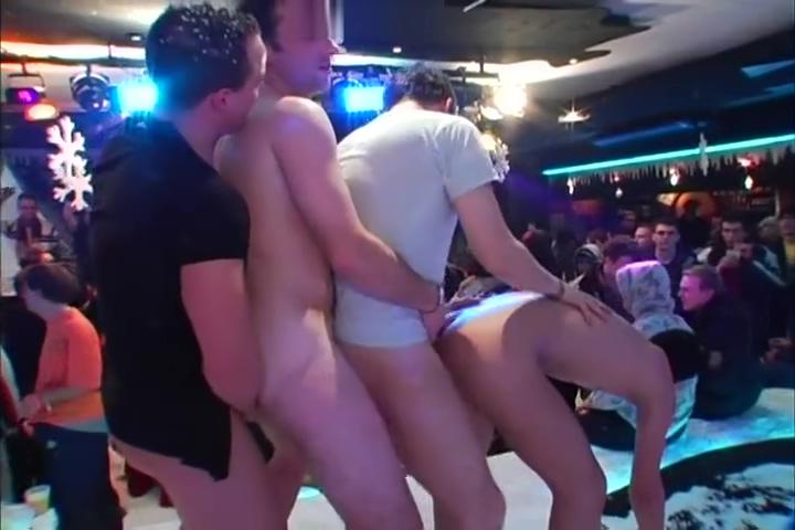 Guys go crazy Slut Sex in Nakhon Phanom