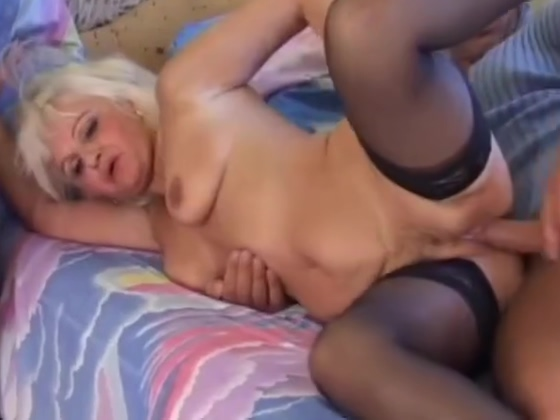 Hot Blonde Euro Granny Assbanged in Stockings Gratis sex leiden