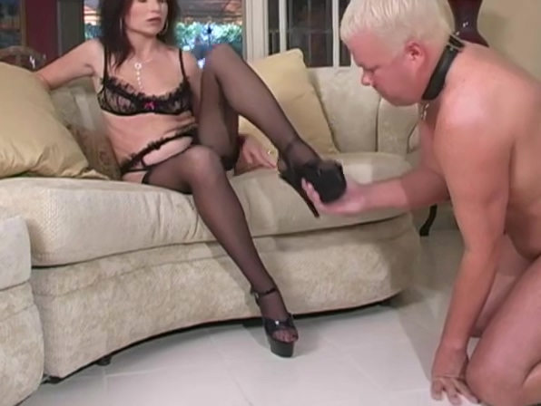Mistress demands slave to cum on her heels very young girl threesome porn