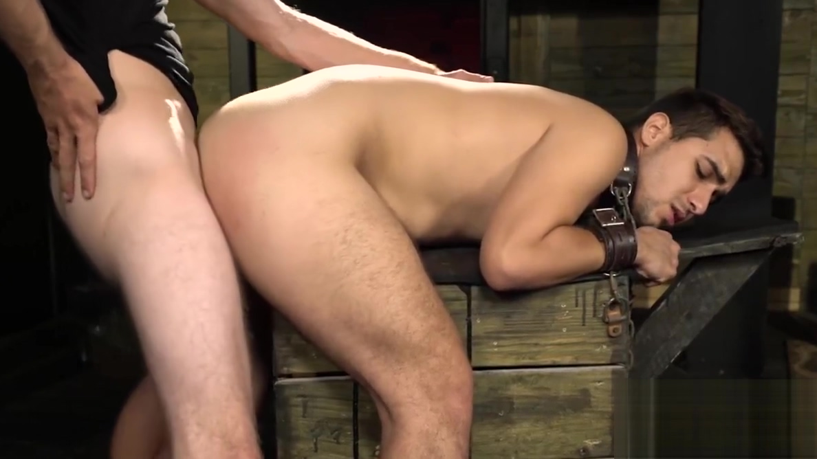 Jock Valentino Moran chained before anal domination women dressed and undressed