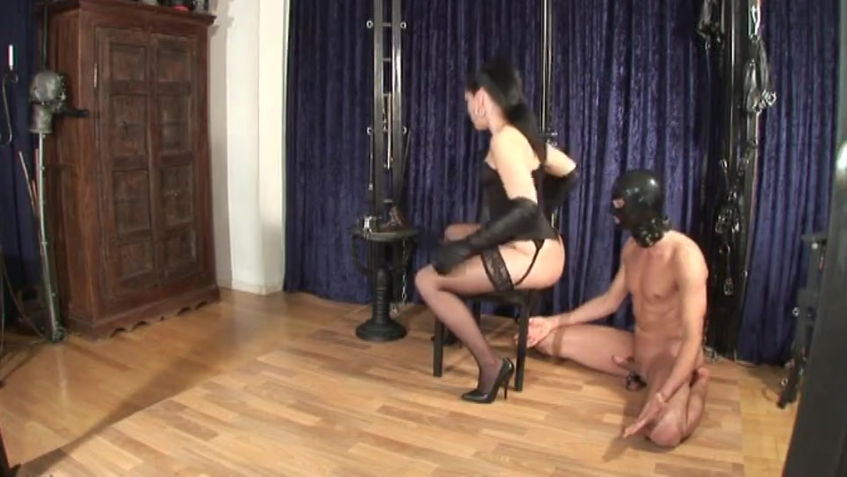 punishment for the horny slave (part1) Sexy girl with amazing ass