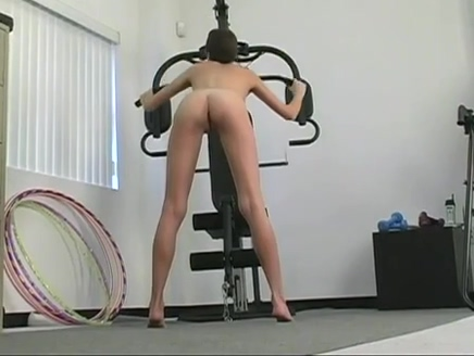 Cute chick plays in the gym Kimberly marvel foot fetish