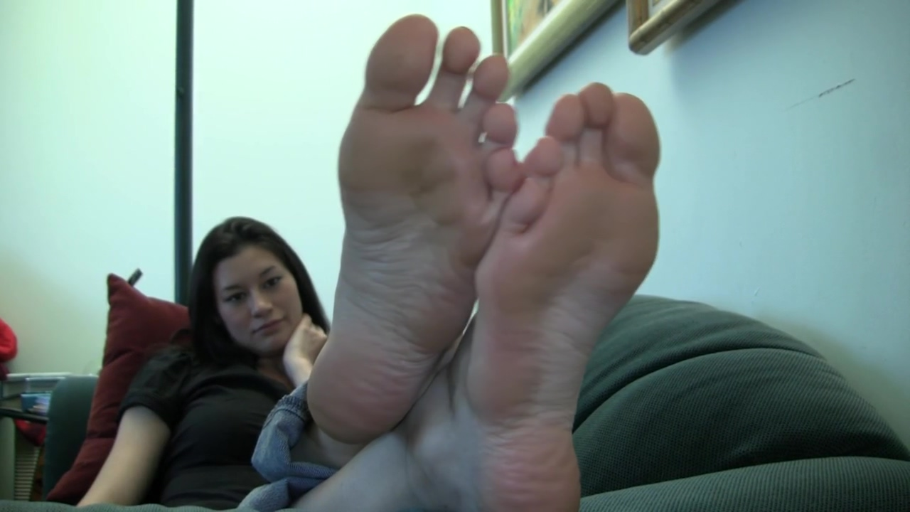 Kelsey Candid Stinky Soles Part 9 Nudist woman masturbate dick and squirt