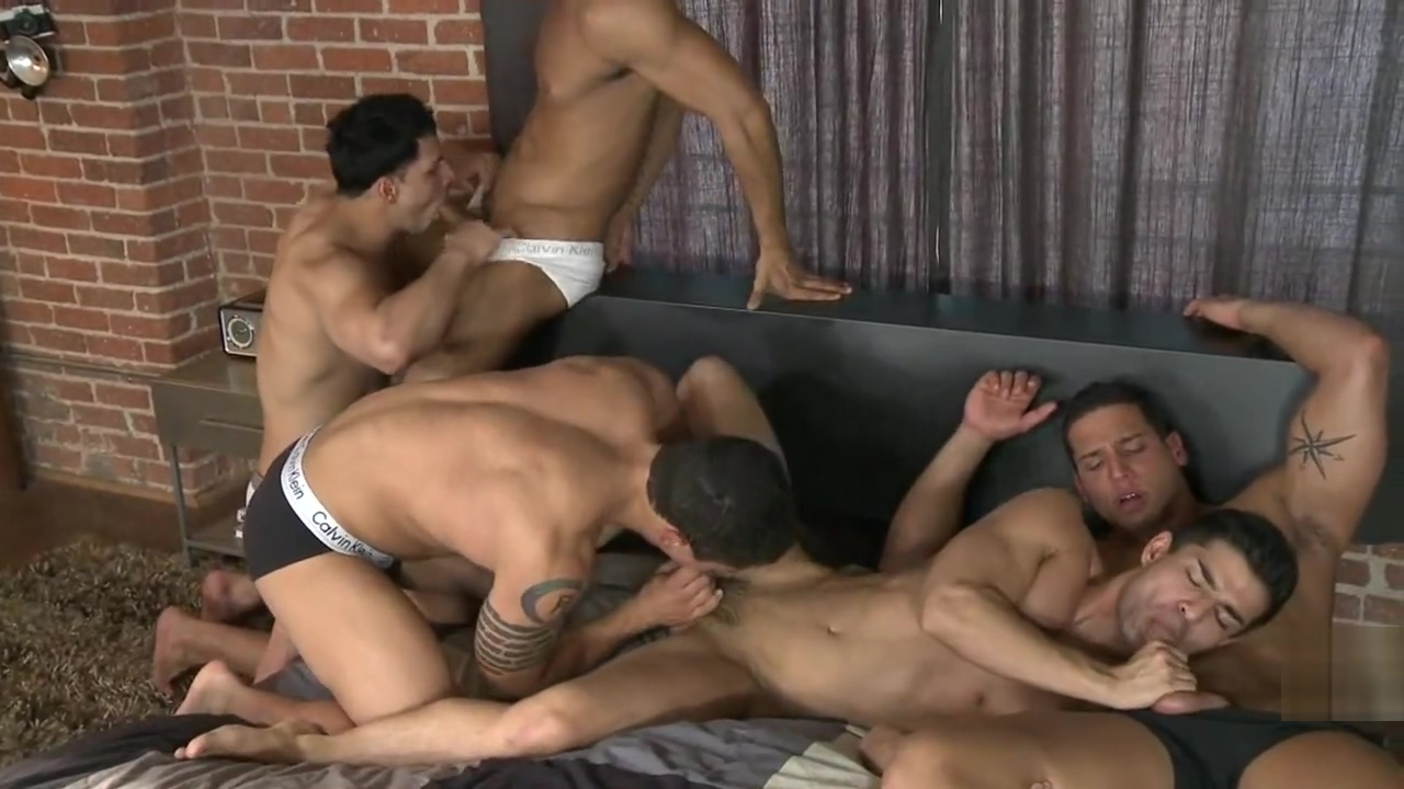 5 Guys, 1 Bed (Part 1) - Dante F, Diego S, Jorge F, Nicco S, Raphael C 8 wonders sex on the beach