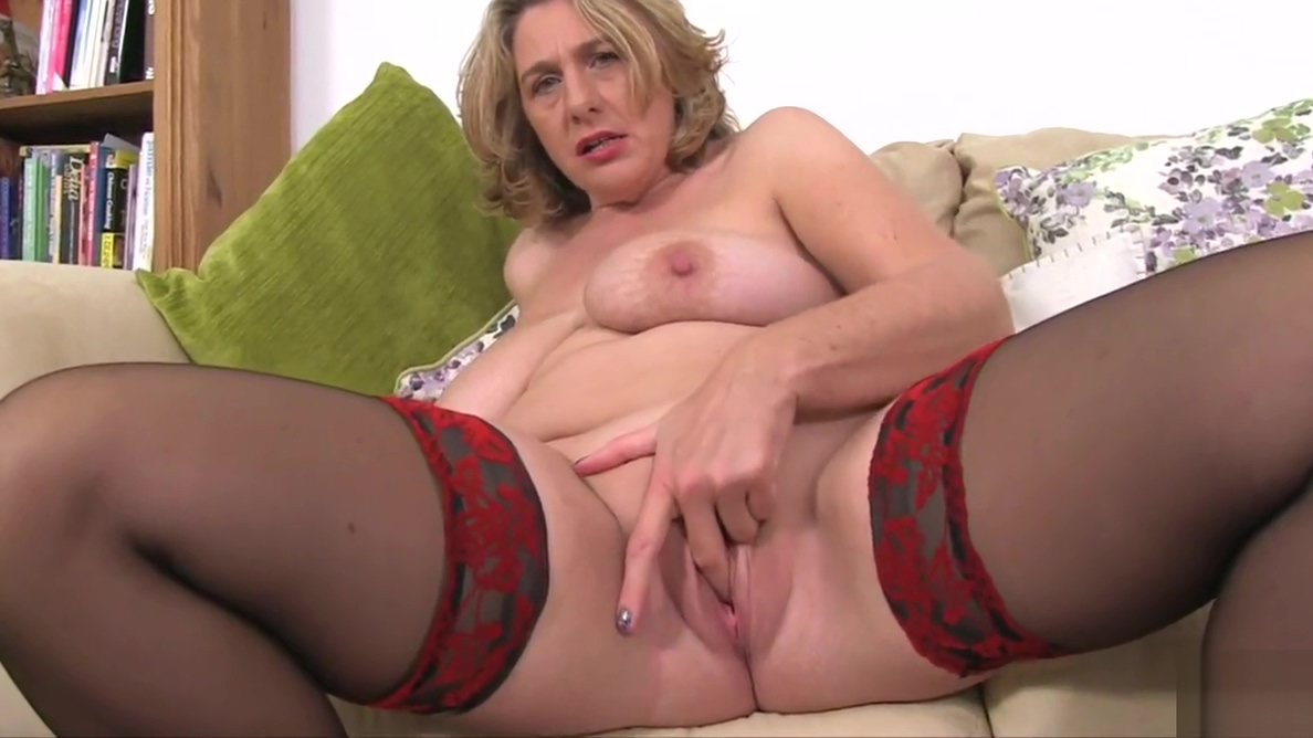 British Mature Camilla Plays With Huge Tits And Wet Cunt