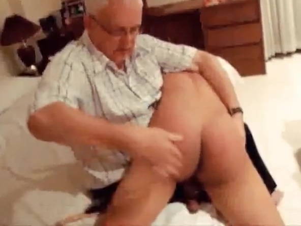 Daddy spanks naughty Chinese boy Dating him for a year