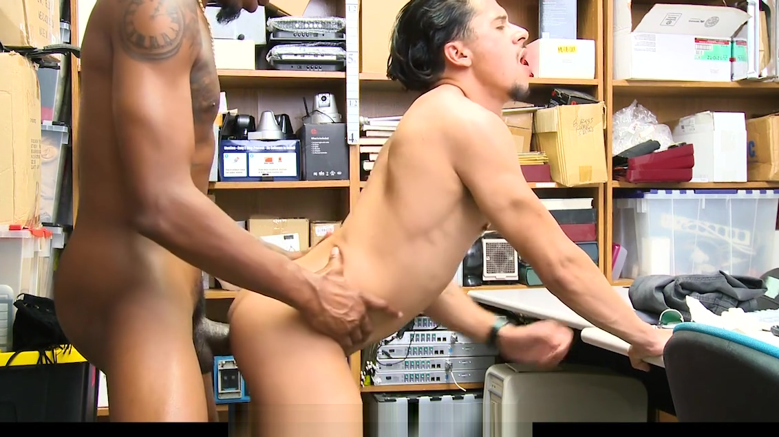 YoungPerps - Security Guard Fucks Armond Rizzo Sage 50 could not be started