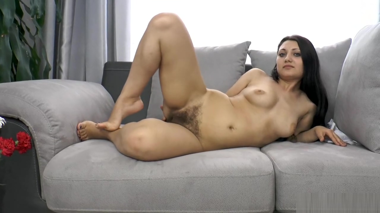 Angelica Snow Denim Teen house agent screwed her wet pussy