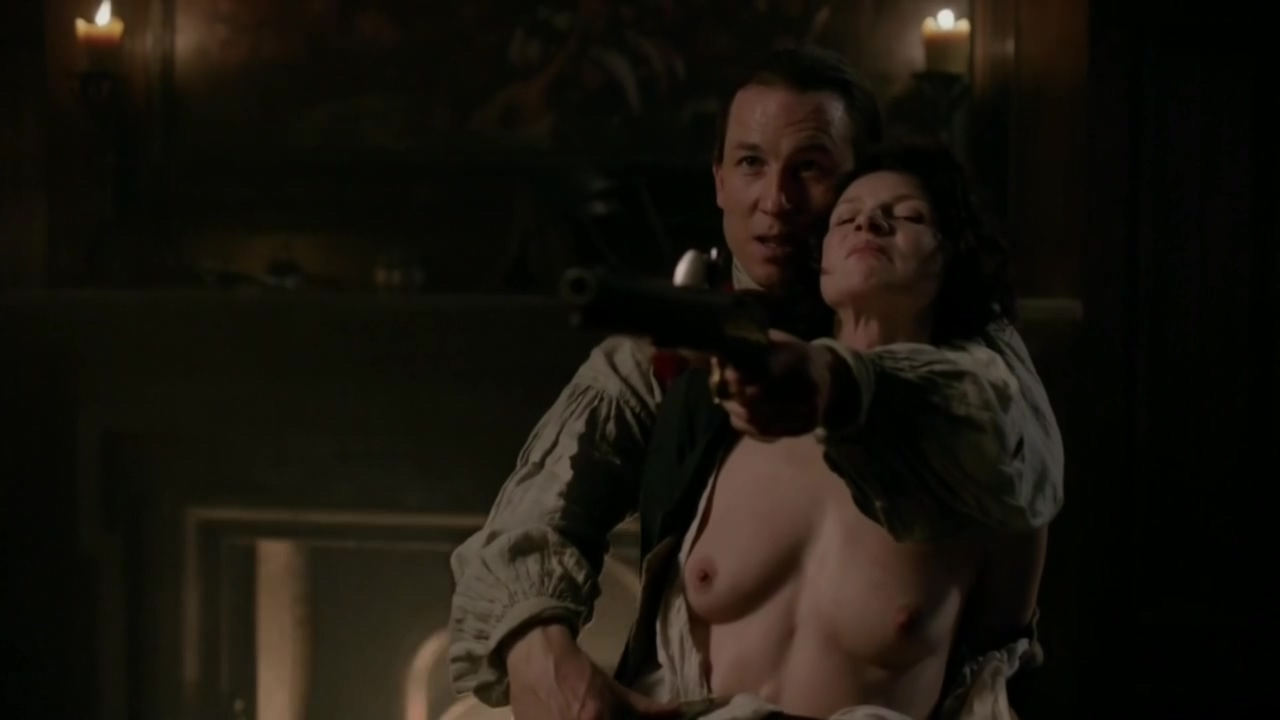 Caitriona Balfe in Outlander S01E09 Inside the erotic mind