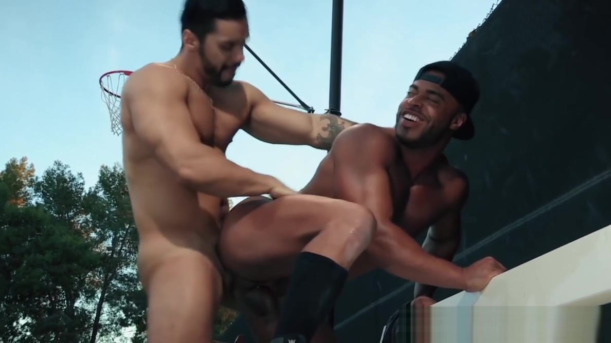 Sexy Arab Black Guys Being Slick With The Dick In Public naked wwe divas maria