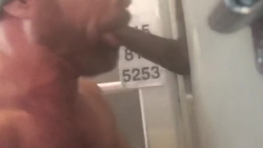 Gloryholes in Philadelphia Sucks Thick Fat Black Cock israel sex girls thumbs pic