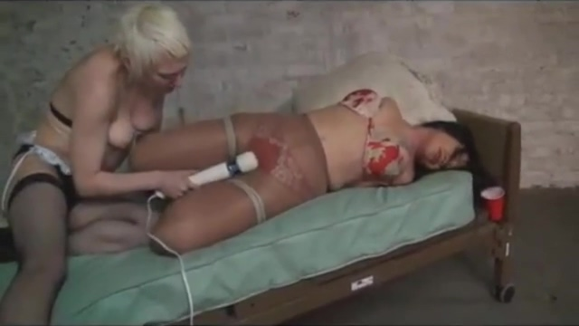 Tied and vibed in Pantyhose
