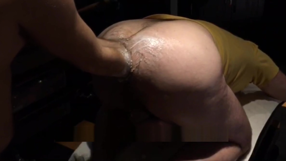 buddy rearranging my hole 2 Girls Anal Fisting in the Kitchen