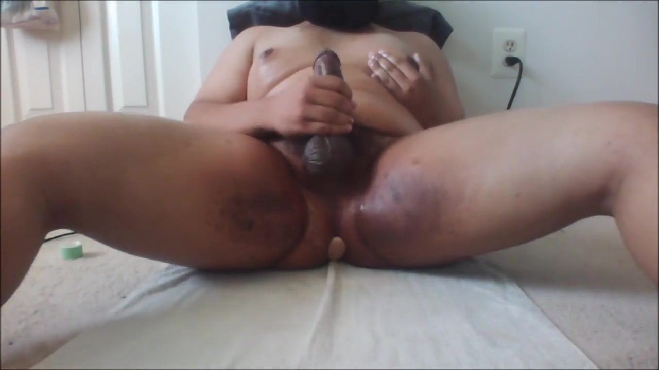 Messy Masturbation. Pussy liking close up
