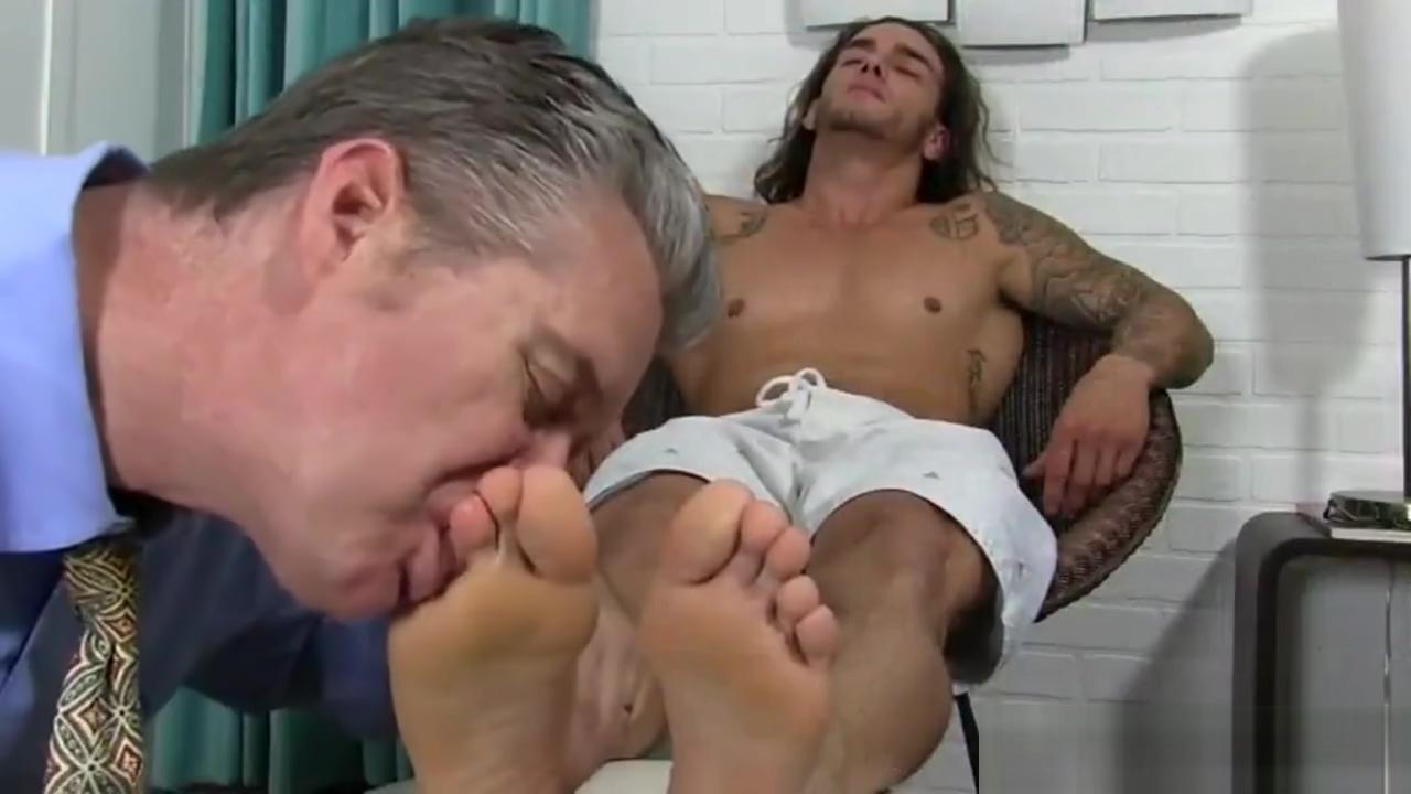 MMA Fighter Worshipped Ladyboy gaping asshole movie