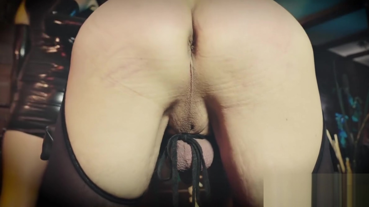 Domina tears the slaves ass open - German Sexy anime slut gives oral sex