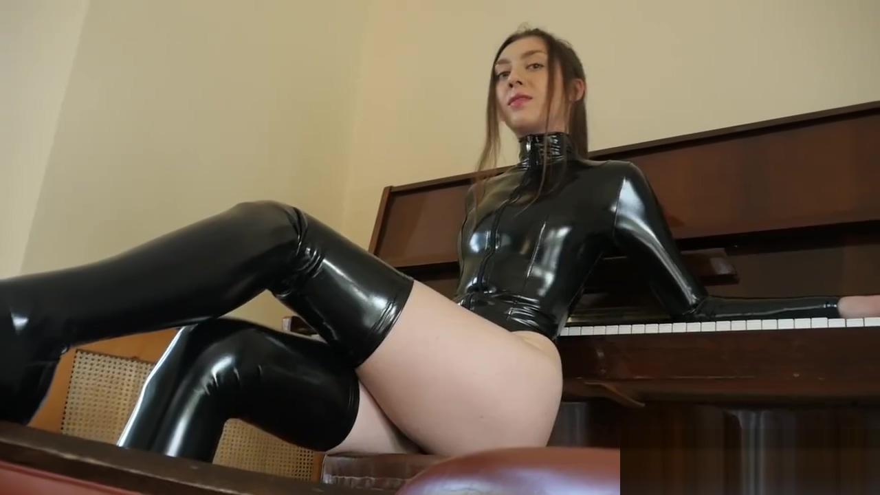 Maria mistress in black