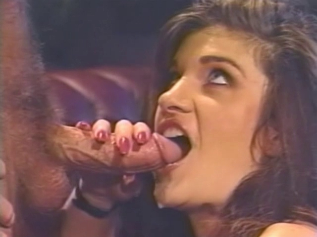 Lacy Rose meets Leatherface Beautiful sexy naked bengali