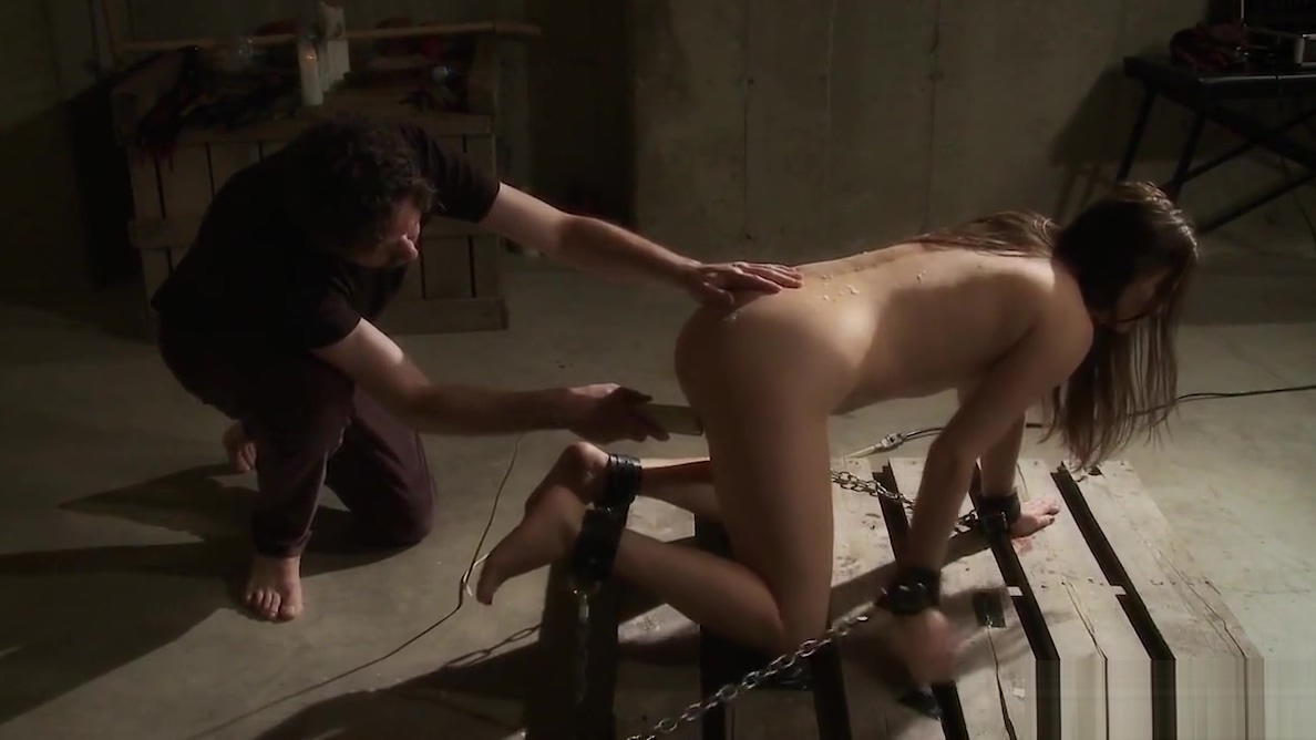Submissive babe tied to the floor and hot waxed by master i have the pussy so i make the ruels