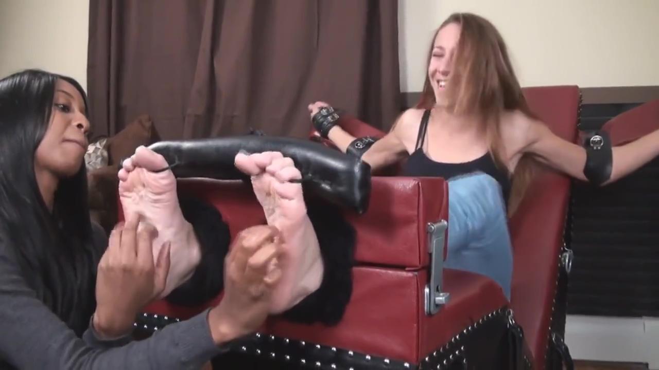 tickling feet Pornstar eric moreau