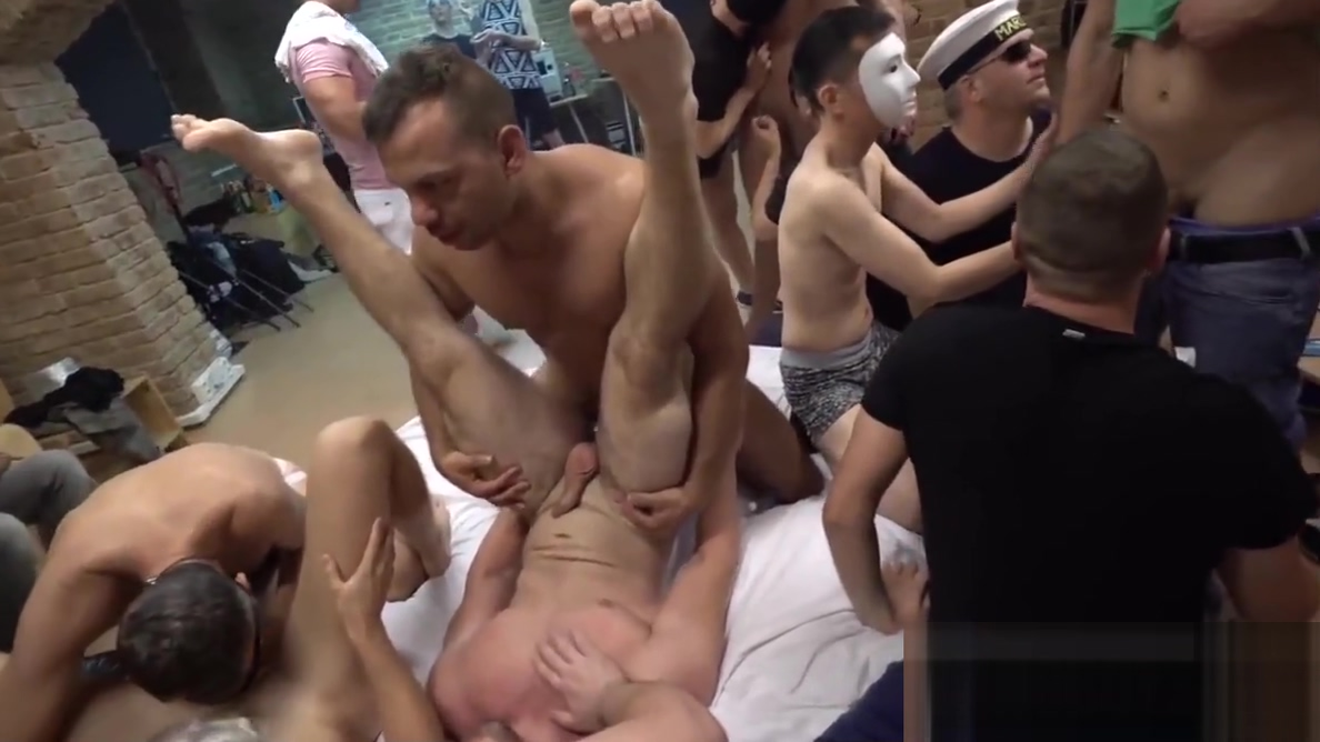 Muscular hunks getting their dicks sucked by strangers Sexy girlfriends bent over