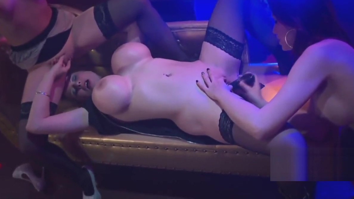 In da Club, deutsche Amateure vor der Kamera Xxx hentai upin ipin