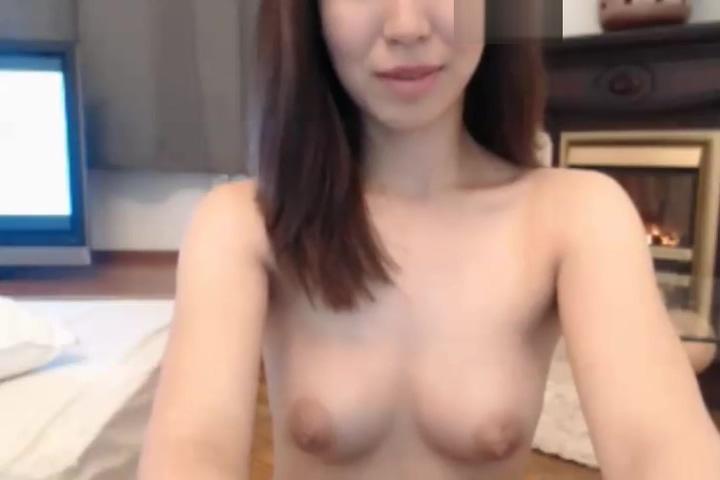 Pretty Asian Girl Show Masturbation Big Titties Big Ass