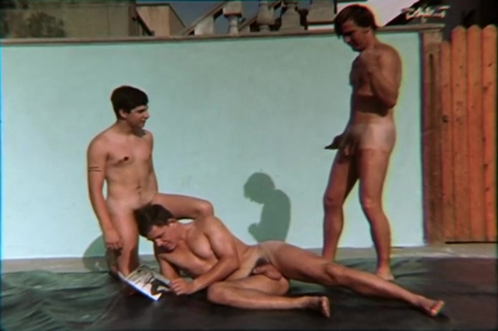 Vintage Twinks Wrestling Nude Clips Anal masturbation and anal sex!