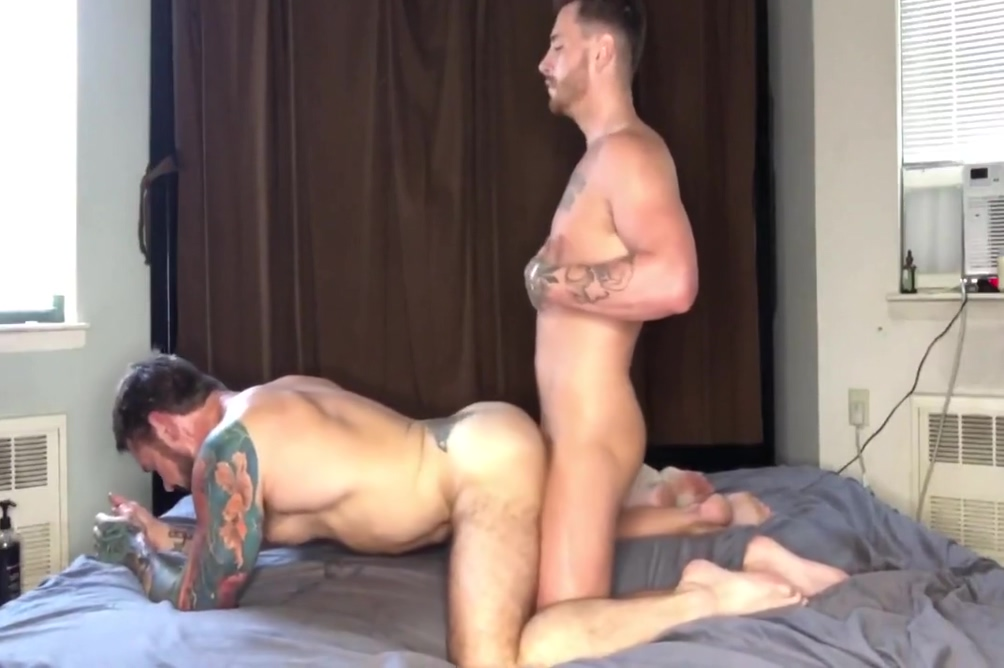GAY PORN 285 Big ass walking bbw